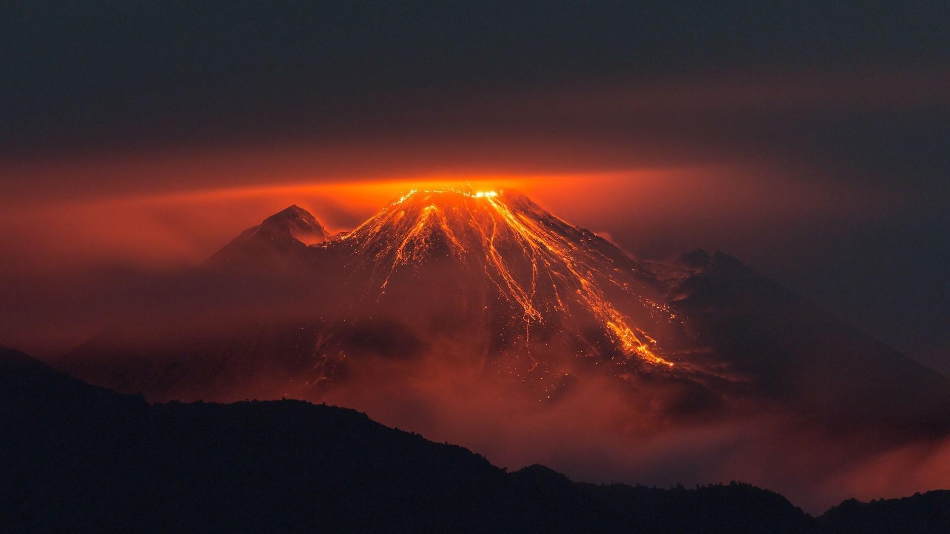 Resultado de imagem para Vulcão Bogoslof gif