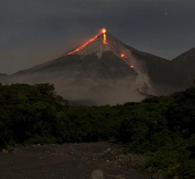 October 22 , 2018.  EN. La Réunion : Piton de la Fournaise , Indonesia : Ibu , Colombia : Galeras , Guatemala : Fuego .