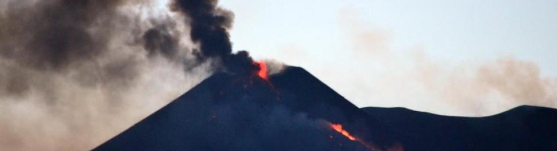 14/05/2015. Etna, Kilauea , Piton de la Fournaise .