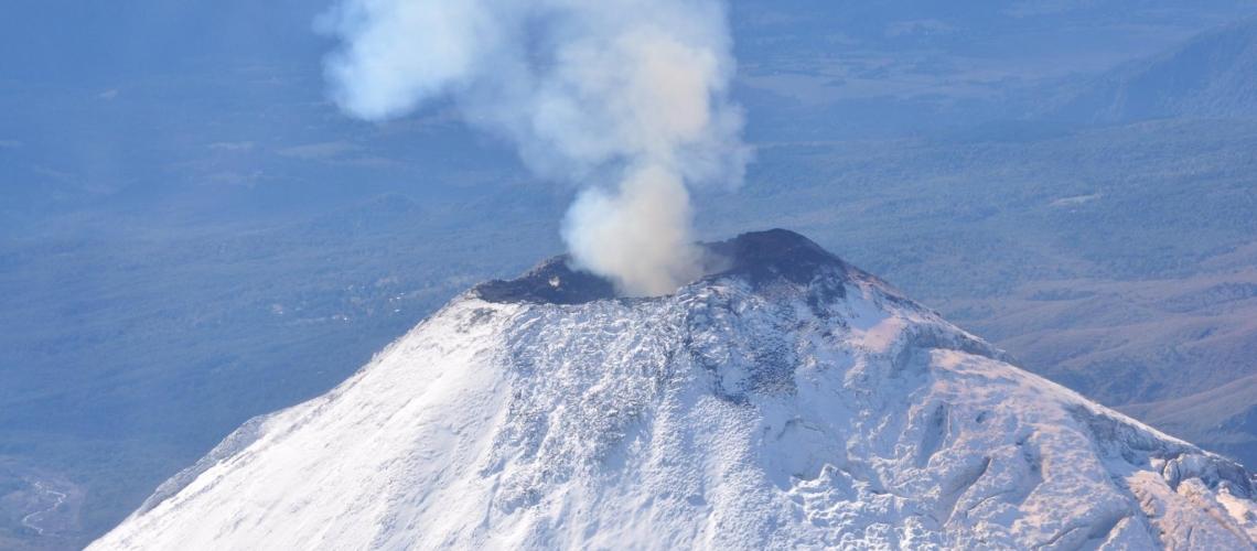October 10 ,  2018. EN.    Chile : Villarica , La Réunion : Piton de la Fournaise , Peru : Sabancaya , Kuril Islands : Sarychev Peak , Mexico : Popocatepetl .