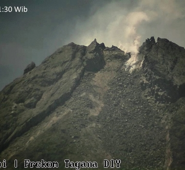 August 08 , 2020. EN. Japan : Nishinoshima , Indonesia : Merapi , Chile : Villarica , Indonesia : Sinabung , Guatemala : Santiaguito .