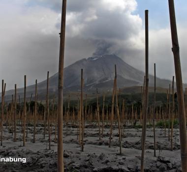 August 31, 2020. EN . Indonesia : Sinabung , Ecuador : Sangay , Guatemala : Santiaguito , Mexico : Popocatepetl .