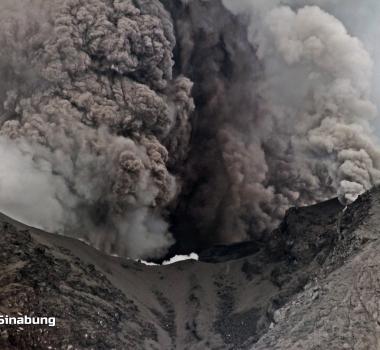 August 23, 2020. EN . Italy / Sicily : Etna , Indonesia : Merapi , Russia / Kurile Islands : Ebeko , Indonesia : Sinabung , Costa Rica : Rincon de la Vieja / Turrialba .