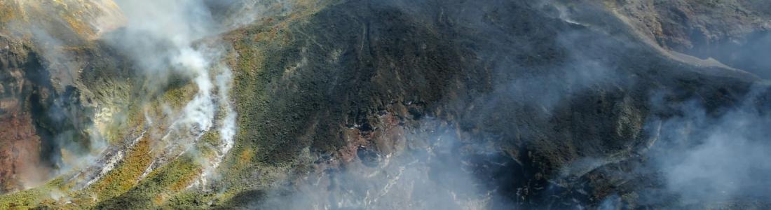 02 Septembre 2020. FR . Italie / Sicile : Etna , La Réunion : Piton de la Fournaise , Italie : Stromboli , Etats-Unis : Yellowstone , Equateur : Sangay .