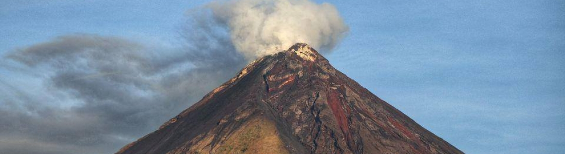 February 1 , 2021. EN . Philippines : Mayon , Indonesia : Raung , Guatemala : Santiaguito , Canary Islands : Cumbre Vieja .