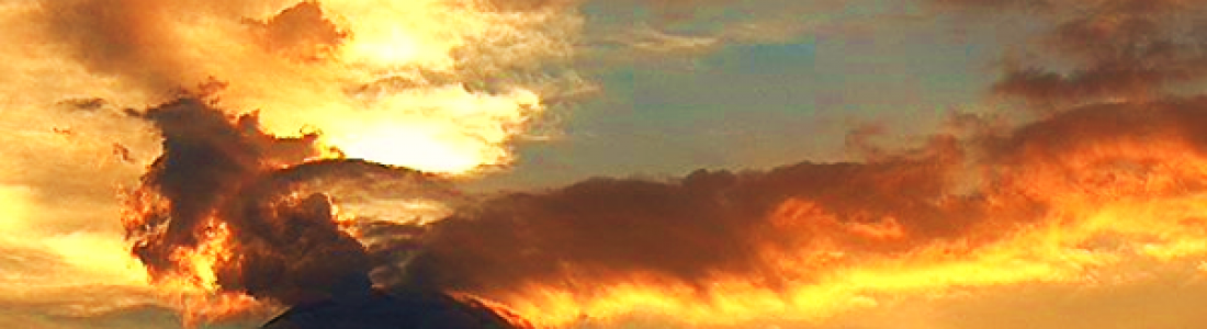 09/10/2015. Français. Kawah – Ijen , Popocatepetl, Fuego .