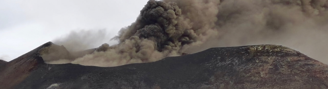 October 04 , 2020. EN. Italy / Sicily : Etna , La Réunion : Piton de la Fournaise , Chile : Nevados of Chillan , Ecuador : Reventador , Indonesia : Merapi .