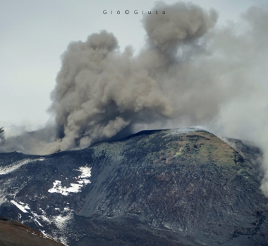 October 14, 2020. EN . Italy / Sicily : Etna , Italy : Stromboli , Peru : Ubinas , Colombia : Nevado del Huila .
