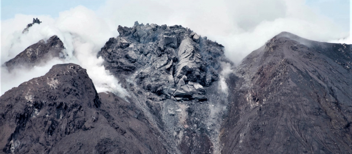 November 22, 2020. EN . Italy : Stromboli , Indonesia : Sinabung , Chile : Villarica , Mexico : Popocatepetl .
