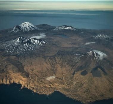 Décember 03 , 2018. EN. Alaska : Semisopochnoi , Colombia : Galeras , Mexico : Popocatepetl , Guatemala : Pacaya , Indonesia : Anak Krakatau .