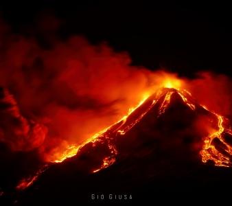 January 19, 2021. EN . Italy : Stromboli , Peru : Sabancaya , Italy / Sicily : Etna , Philippines : Taal .