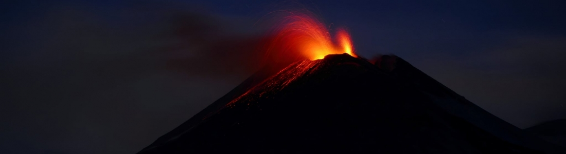 03 Février 2021. FR. Italie / Sicile : Etna , Italie : Stromboli , Nouvelle Zélande : White Island , Hawaii : Kilauea .