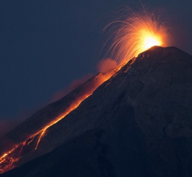 03/07/2015.  English .   Kilauea , Fuego, Cereme .