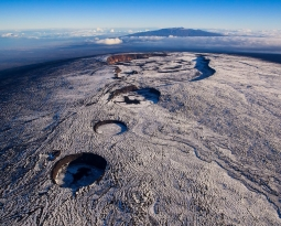February 27, 2021. EN. Iceland : Reykjanes Peninsula , Philippines : Taal , Indonesia : Sinabung , Mexico : Popocatepetl , Hawaii : Mauna Loa .