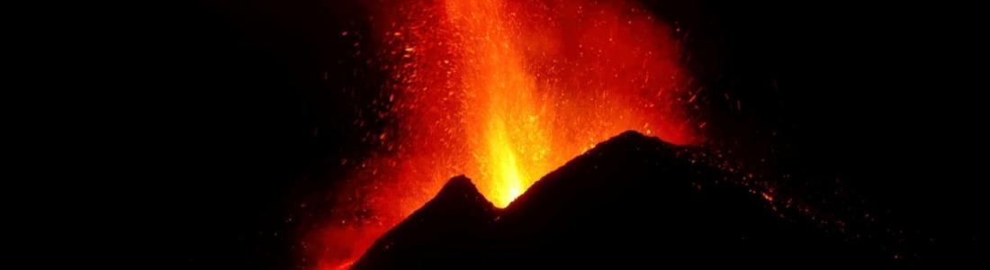 25 Février 2021 . FR . Italie / Sicile : Etna , Islande : Péninsule de Reykjane , Philippines : Taal , Indonésie : Sinabung , Japon : Sakurajima .