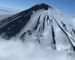 September 22, 2020. EN. Alaska : Pavlof , Ecuador : Sangay , Peru : Sabancaya , Guatemala : Santiaguito , La Réunion : Earthquake felt .