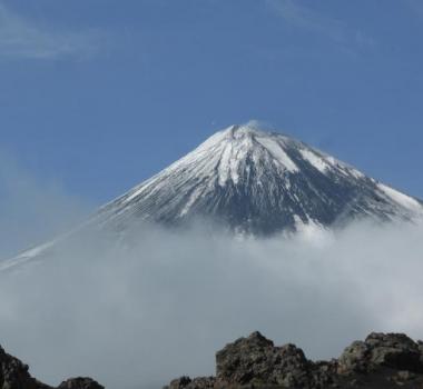 November 30, 2019. EN. Alaska : Shishaldin , Indonesia : Karangetang , El Salvador : San Miguel (Chaparrastique) , Hawaii : Mauna Loa .
