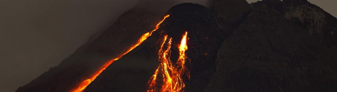 18 Avril 2021 . FR . La Réunion : Piton de la Fournaise , Indonésie : Merapi , Saint Vincent : Soufrière Saint Vincent , Chili : Laguna del Maule , Indonésie : Ili Lewotolok .