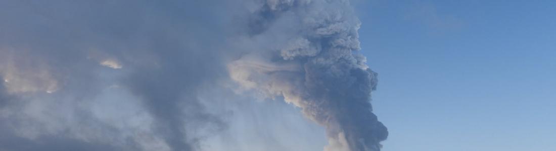 08 Mars 2021 . FR. Islande : Péninsule de Reykjanes , Italie / Sicile : Etna ,Indonésie : Sinabung , Mexique : Popocatepetl , Equateur : Sangay .