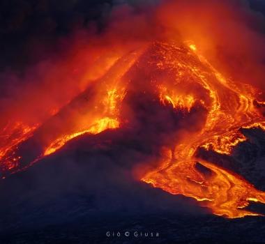 March 12, 2021. EN . Iceland : Reykjanes Peninsula , Italy / Sicily : Etna , Guatemala : Pacaya , Ecuador : Sangay , Japan : Suwanosejima .