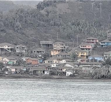 April 13, 2021. EN . Saint Vincent : Soufrière Saint Vincent , Iceland : Geldingadalur , La Réunion : Piton de la Fournaise , New Zealand : Ruapehu , Guatemala : Pacaya .