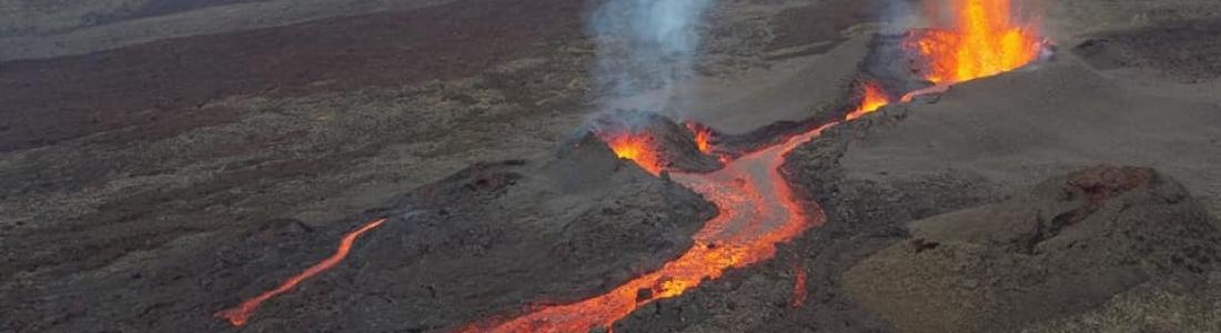26 Avril 2021 . FR . Japon : Sakurajima , La Réunion : Piton de la Fournaise , Philippines : Taal , Chili : Nevados de Chillan , Saint Vincent : Soufrière Saint Vincent .