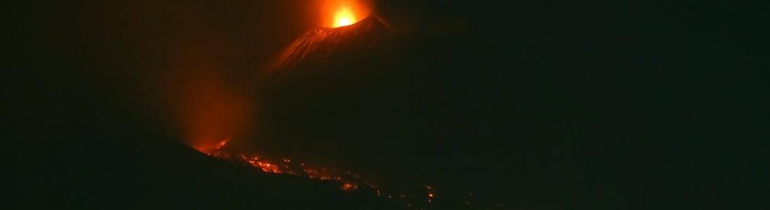 March 18 , 2017. EN.  Etna , Nevado Del Ruiz , Bogoslof , Lanin.