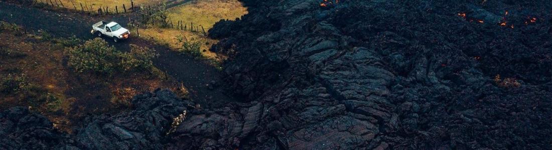 April 24, 2021. EN. Iceland : Geldingadalur , La Réunion Island : Piton de la Fournaise , Indonesia : Sinabung , Guatemala : Pacaya , Saint Vincent : Soufrière Saint Vincent .