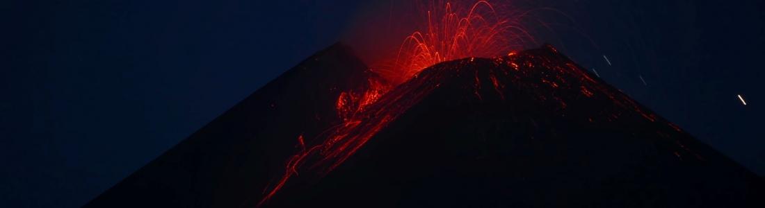 April 28, 2021. EN . Italy / Sicily : Etna , Italy : Stromboli , Philippines : Taal , Hawaii : Kilauea , Saint Vincent : Soufrière Saint Vincent .