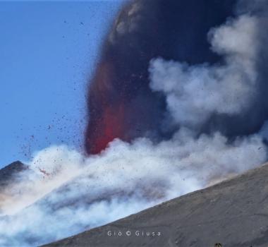 May 30, 2021. EN. Democratic Republic of Congo : Nyiragongo , Alaska : Great Sitkin , Saint Vincent : Soufrière Saint Vincent , Italy / Sicily : Etna , Chile : Nevados of Chillan .