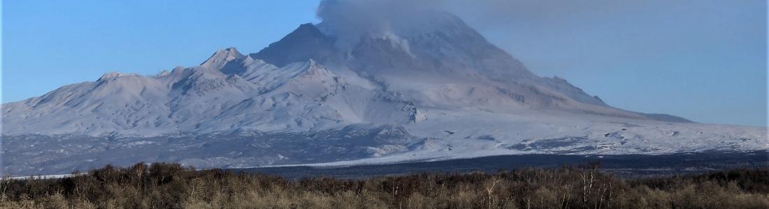 January 02 , 2019. EN.  Colombia : Nevado del Ruiz , Russia / Kamchatka : Sheveluch , France / la Reunion : Piton de la Fournaise , Indonesia : Anak Krakatau , Guatemala : Santiaguito .