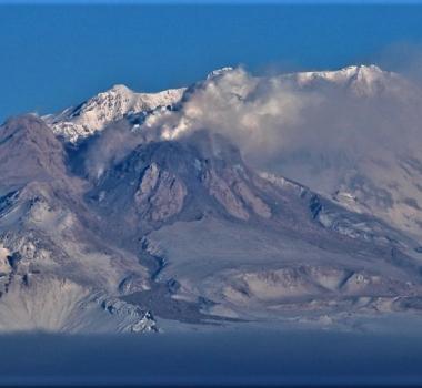 January 23 , 2019.  EN.  Kamchatka : Sheveluch , Colombia : Nevado del Huila , Guadeloupe : La Soufrière , Guatemala : Fuego , Mexico : Colima .