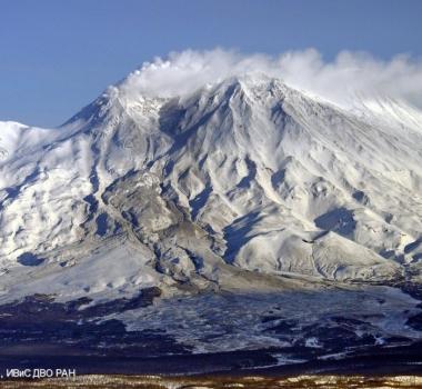 January 19, 2016.  EN.  Zhupanovsky , Mauna Loa , Nevado Del Ruiz .