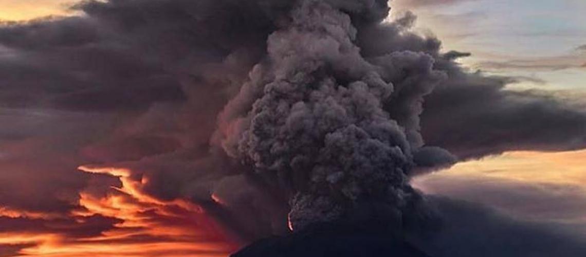 27 Novembre 2017. FR. Agung , Fuego , Kanlaon , Popocatepetl .
