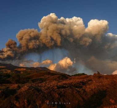 August 31, 2021. EN. Hawaii : Kilauea , Alaska : Great Sitkin , Italy / Sicily : Etna , Indonesia : Ili Lewotolok , Costa Rica : Rincon de la Vieja .