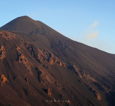September 08 , 2021. EN. Italy : Stromboli , Iceland : Skaftá River , Italy / Sicily : Etna , Saint Vincent : Soufriere Saint Vincent , Ecuador : Sangay , Hawaii : Kilauea .
