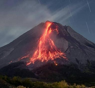 September 11, 2021. EN. Indonesia : Merapi , Iceland : Geldingadalur / Fagradalsfjall , Alaska : Great Sitkin , Philippines : Taal , Ecuador : Reventador , Mexico : Popocatepetl .