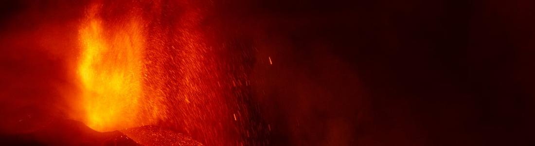 20 Septembre 2021. FR. Espagne / La Palma : Cumbre Vieja , Alaska : Semisopochnoi , Islande : Geldingadalur / Fagradalsfjall , Equateur : Reventador , Guatemala : Santiaguito .