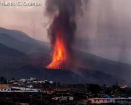 September 25, 2021. EN. Guatemala : Fuego , Indonesia : Merapi , Spain / La Palma : Cumbre Vieja , Alaska : Pavlof , Ecuador : Sangay .