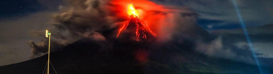 27 Janvier 2018. FR. Mayon , Kusatsu-Shiranesan , Mauna Loa , Kadovar , Karymsky .
