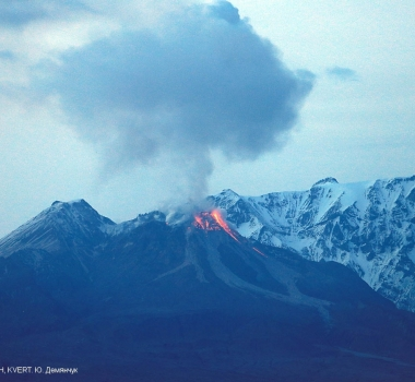 August 17, 2021. EN. Peru : Sabancaya , Alaska : Great Sitkin , Kamchatka : Sheveluch , Iceland : Geldingadalur / Fagradalsfjall , Japan : Fukutoku-Okanoba .