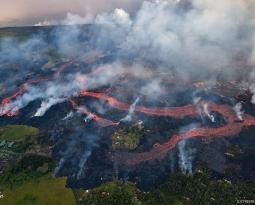 28 Mai 2018. EN.  Pu'u 'Ō'ō / Kilauea , Turrialba , Poas , Arenal , Dukono , Piton de la Fournaise .