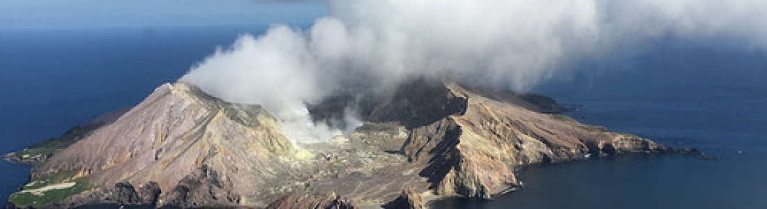 12 Décembre 2019. FR. Nouvelle Zélande : White Island , Equateur : Sangay , Colombie : Cumbal , Italie : Stromboli .