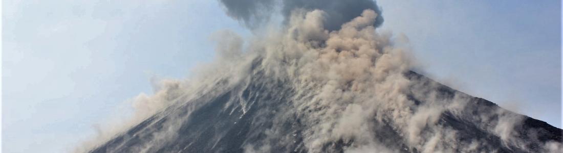 25 Juillet 2018. Fr. Italie / Sicile : Etna , Hawai : Kilauea , Colombie : Galeras , Indonésie : Anak Krakatau , Indonésie : Agung .