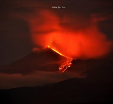 25 Aout 2018. FR. Italie / Sicile : Etna , Alaska : Great Sitkin , Mexique : Popocatepetl , Hawai : Kilauea .