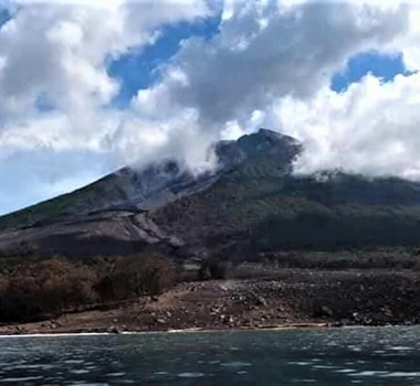 August 30 , 2018. EN.  Papua New Guinea : Manam , Italy / Sicily : Etna , Indonesia : Merapi , New Zealand : Ruapehu.
