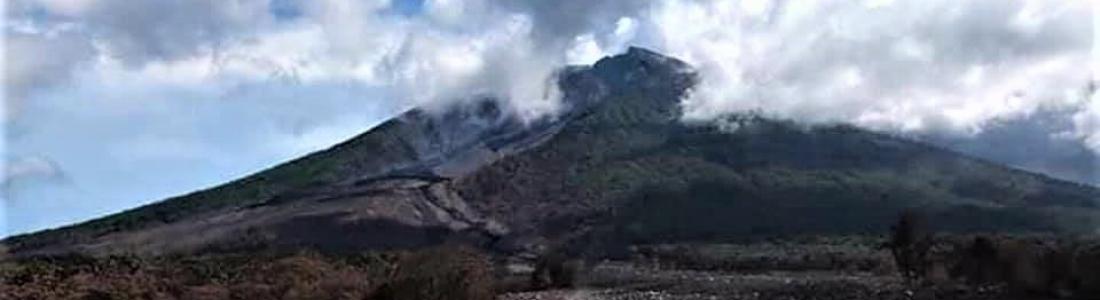 August 30 , 2018. EN.  Papua New Guinea : Manam , Italy / Sicily : Etna , Indonesia : Merapi , New Zealand : Ruapehu.