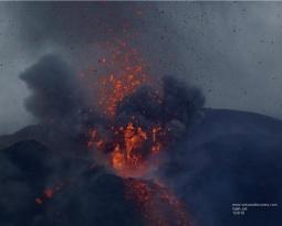 September 20 , 2018.  EN.  La Réunion : Piton de la Fournaise , Colombia : Chiles / Cerro Negro , Italy : Campi Flegrei , Indonesia : Anak Krakatau .