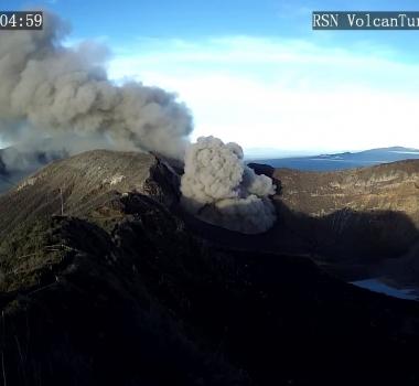 November 05 , 2018. EN.  Guatemala : Fuego , Costa Rica : Turrialba / Rincon de la Vieja , Philippines : Kanlaon , Indonesia : Gamalama .