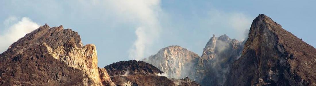 01 Décembre 2018. FR. Indonésie : Merapi , Alaska : Séisme tectonique à Anchorage , Colombie : Nevado del Huila , La Réunion : Piton de la Fournaise , Philippines : Mayon .